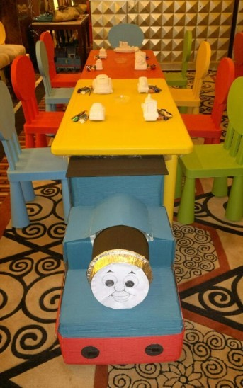 Kids table and chair儿童桌椅
